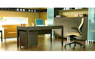 Какими бывают компьютерные столы